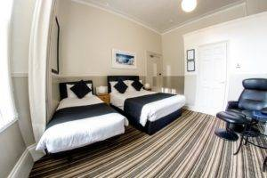twin beds in guest house